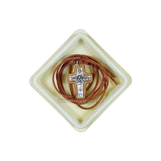 Krzyż papieża Franciszka na rzemieniu, w pudełku : Dewocjonalia